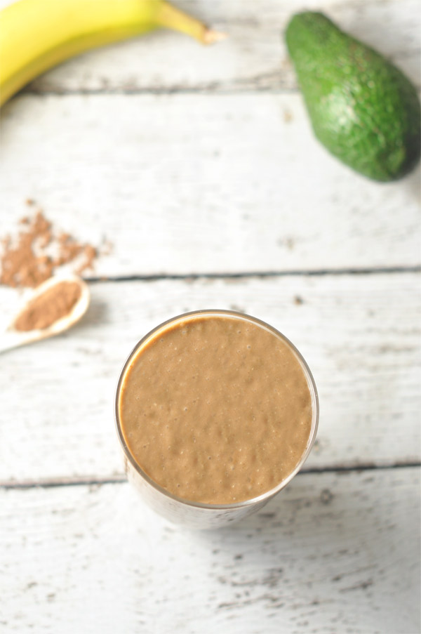chocolate-avocado-banana-smoothie