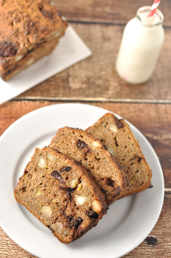 banana-macadamia-choc-chip-bread