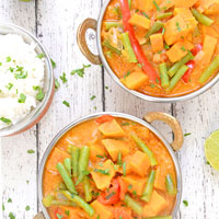 20-minute-creamy-sweet-potato-curry-thumbnail